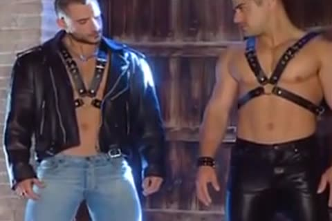 Hunk Leather lovers