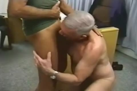 MILITARY UNIFORM men PLAY fuck engulf