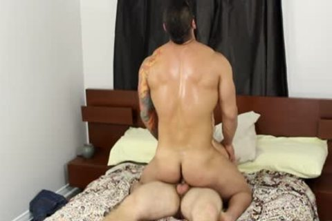 Muscle gay oral-job-stimulation And cumshot